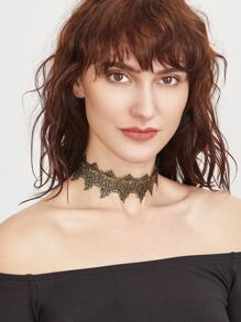 or brodés lace collier