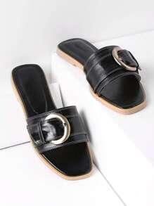 Sandalias con detalle de hebilla - negro