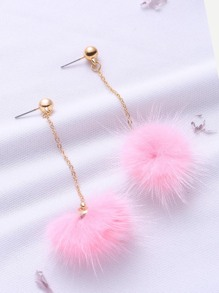 Boucles d'oreilles roses avec des pompons