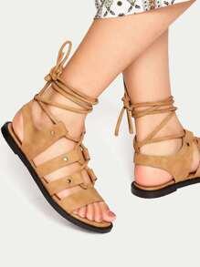 Sandales à talons hauts à lacets marron