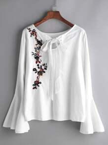 Fiore bianco ricamato Manica a campana Papillon camicetta