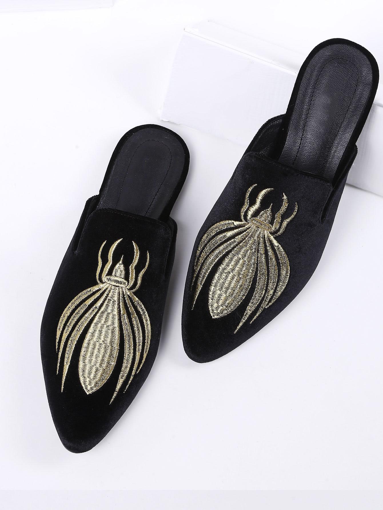 Black Embroidery Point Toe Velvet Flat Slippers