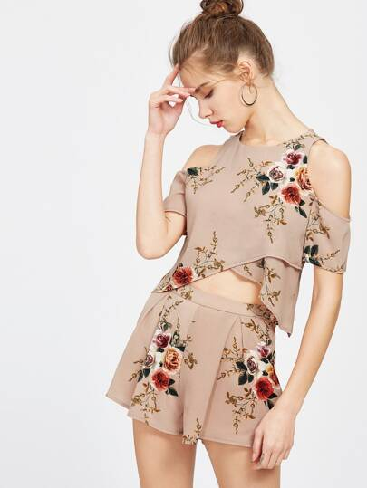 Florals Overlap Keyhole Back Crop Top With Shorts