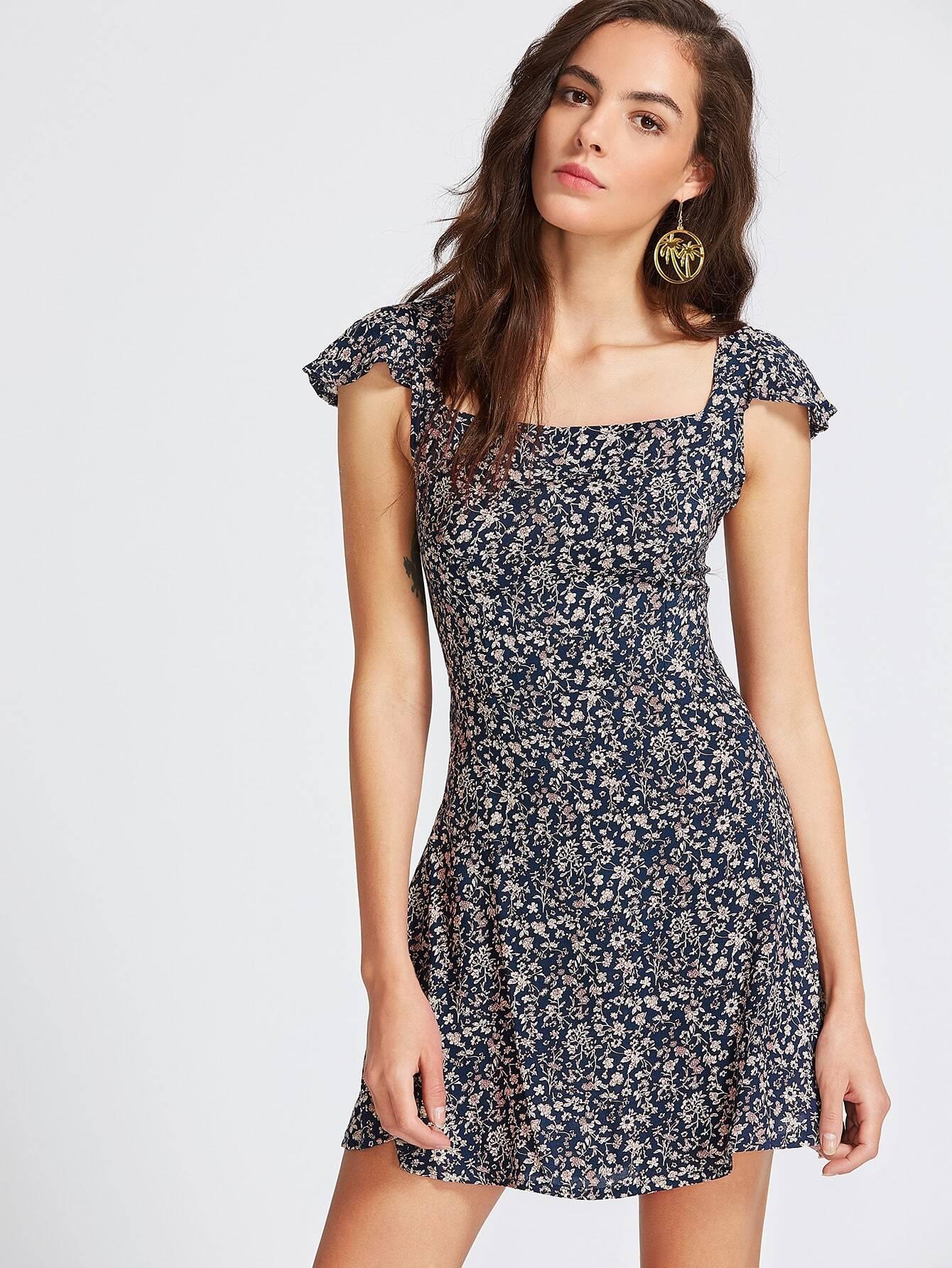 Фото Calico Print Square Neck Criss Cross Back Dress. Купить с доставкой