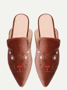 Brown Cat ricamo Point pantofole dita dei Velvet