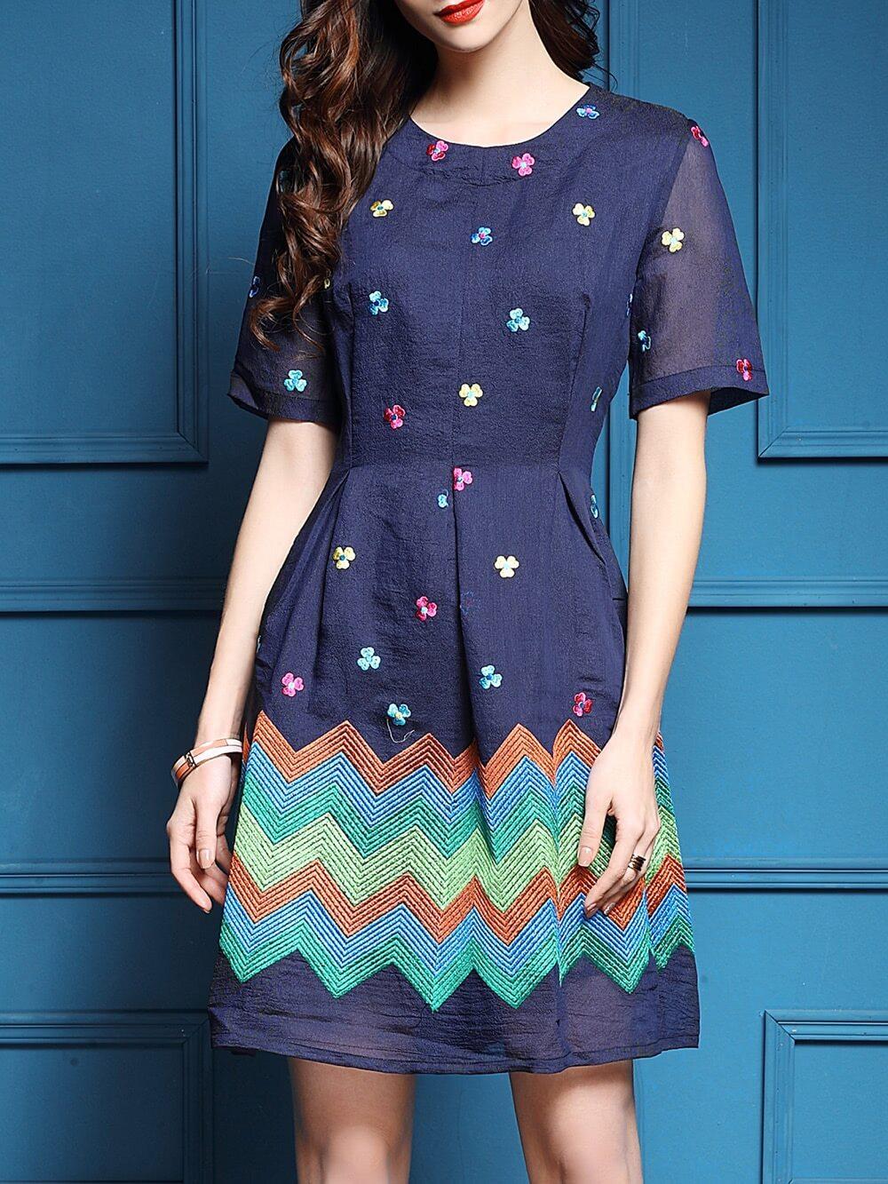Фото Blue Flowers Embroidered Color Block Dress. Купить с доставкой
