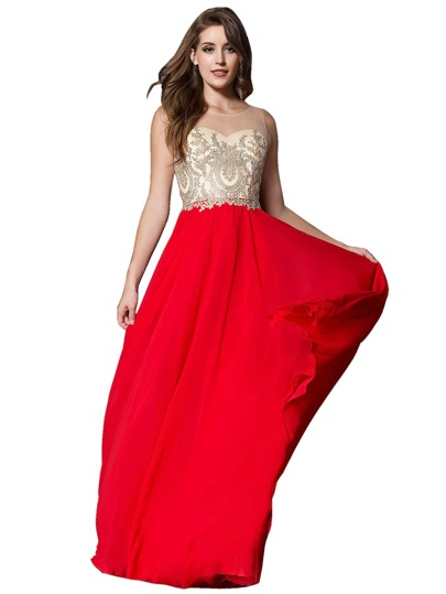 Robe rouge tres chic