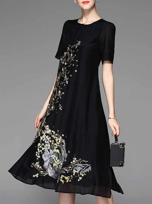 Фото Black Flowers Embroidered Shift Dress. Купить с доставкой