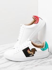 Zapatillas con estampado con cordones