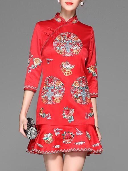 Фото Red Flowers Embroidered Frill Dress. Купить с доставкой