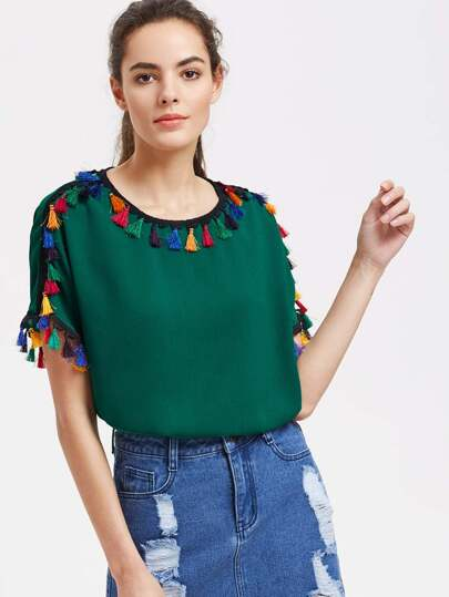 Buttoned Keyhole Back Tassel Detail Top