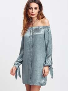 Robe épaule avec de l'air soyeux - bleu
