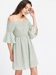 Green Off The Shoulder Robe manches à manches