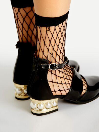 جوارب الشبكة سوداء
