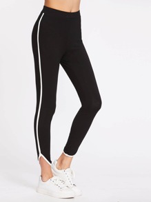 Leggings con bordi a contrasto e bassa arrotondati - nero