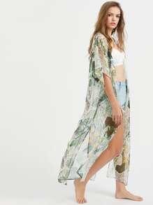 Kimono con estampado tropical y abertura lateral - verde