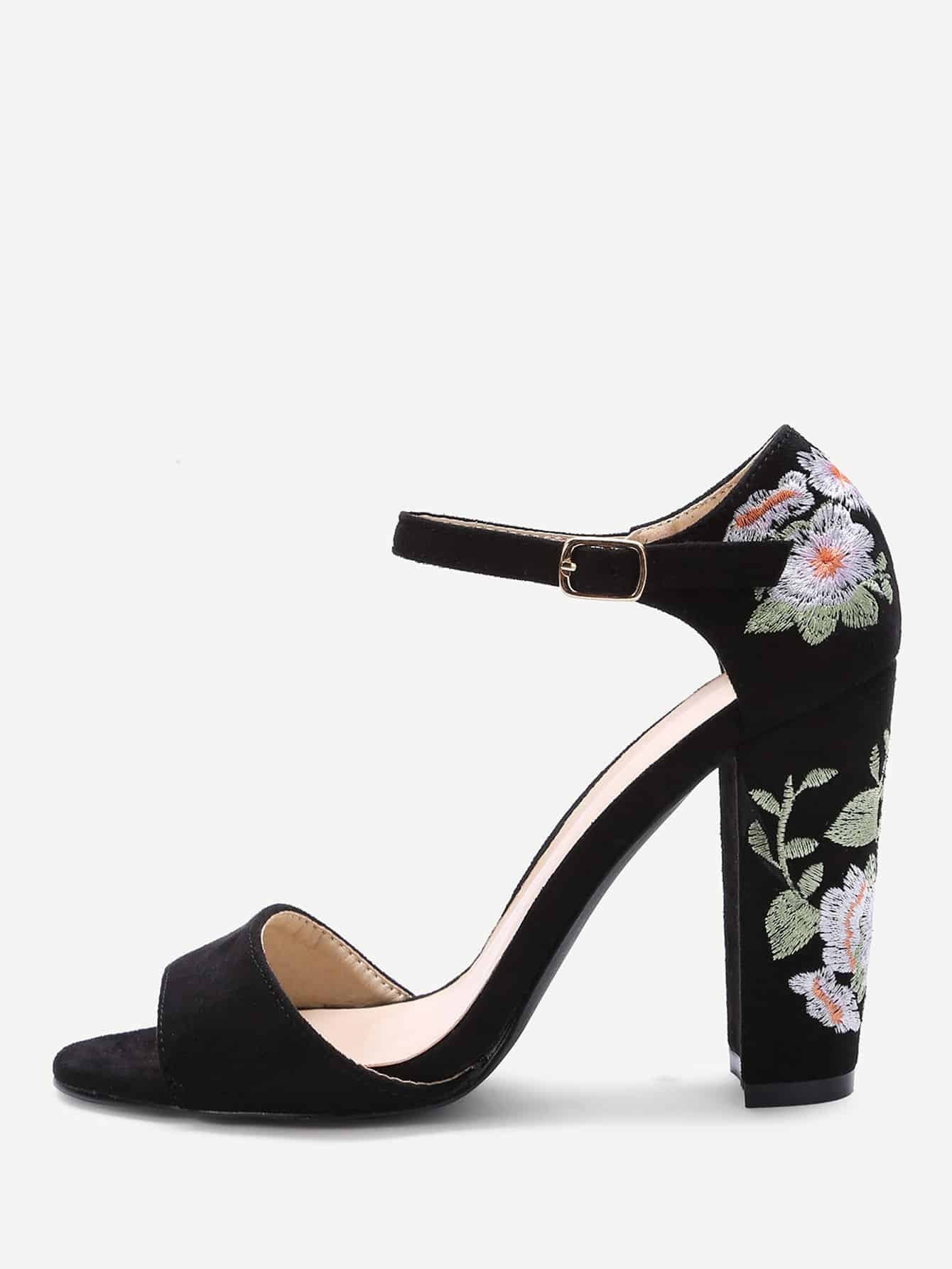 Black flower embroidery chunky heel sandals sheinsheinside ccuart Image collections