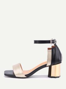 Bloc de couleur à deux blocs sandales à talons de bloc