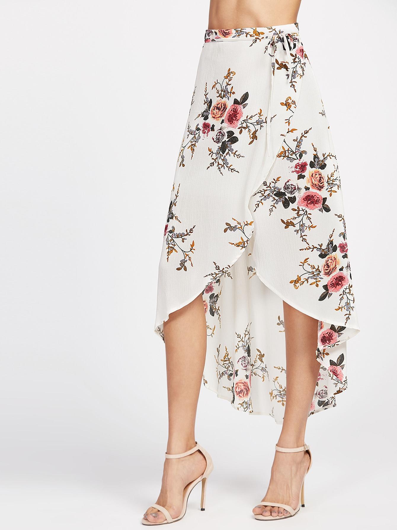 Фото Beige Floral Print Dip Hem Wrap Skirt. Купить с доставкой