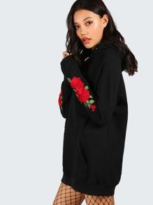 Чёрный модный свитшот с капюшоном и вышивкой