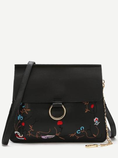 Bolso de hombro con bordado con solapa y detalle de cadena - negro