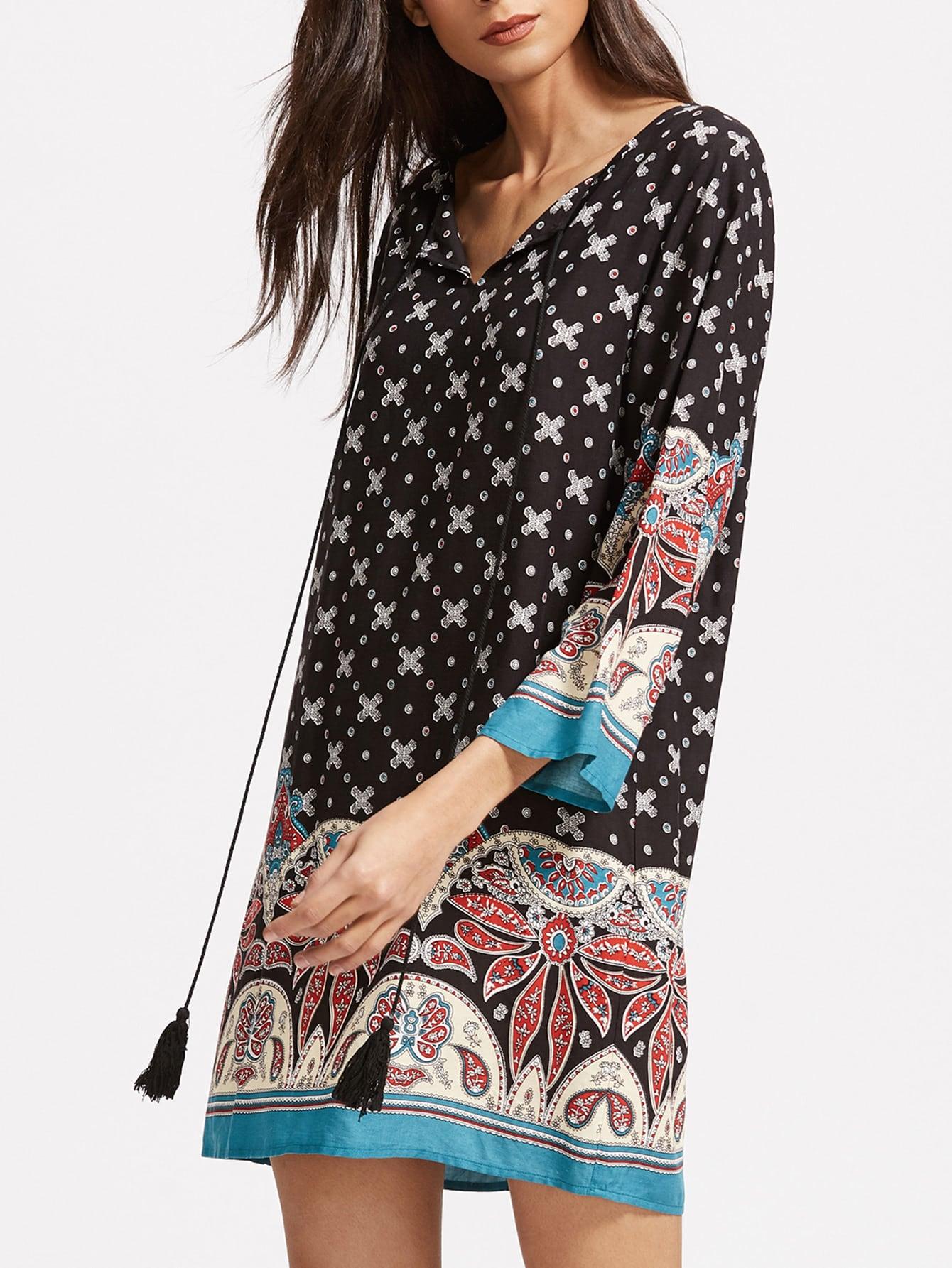 Фото Ornate Print Tassel Tie Neck 3/4 Sleeve Tunic Dress. Купить с доставкой