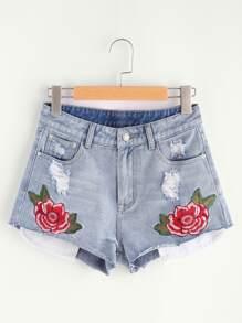 Pantaloncini di jeans di lavaggio con ricamo di fiore