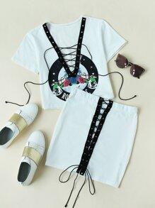 Camiseta escote V de ojete con cordón con falda