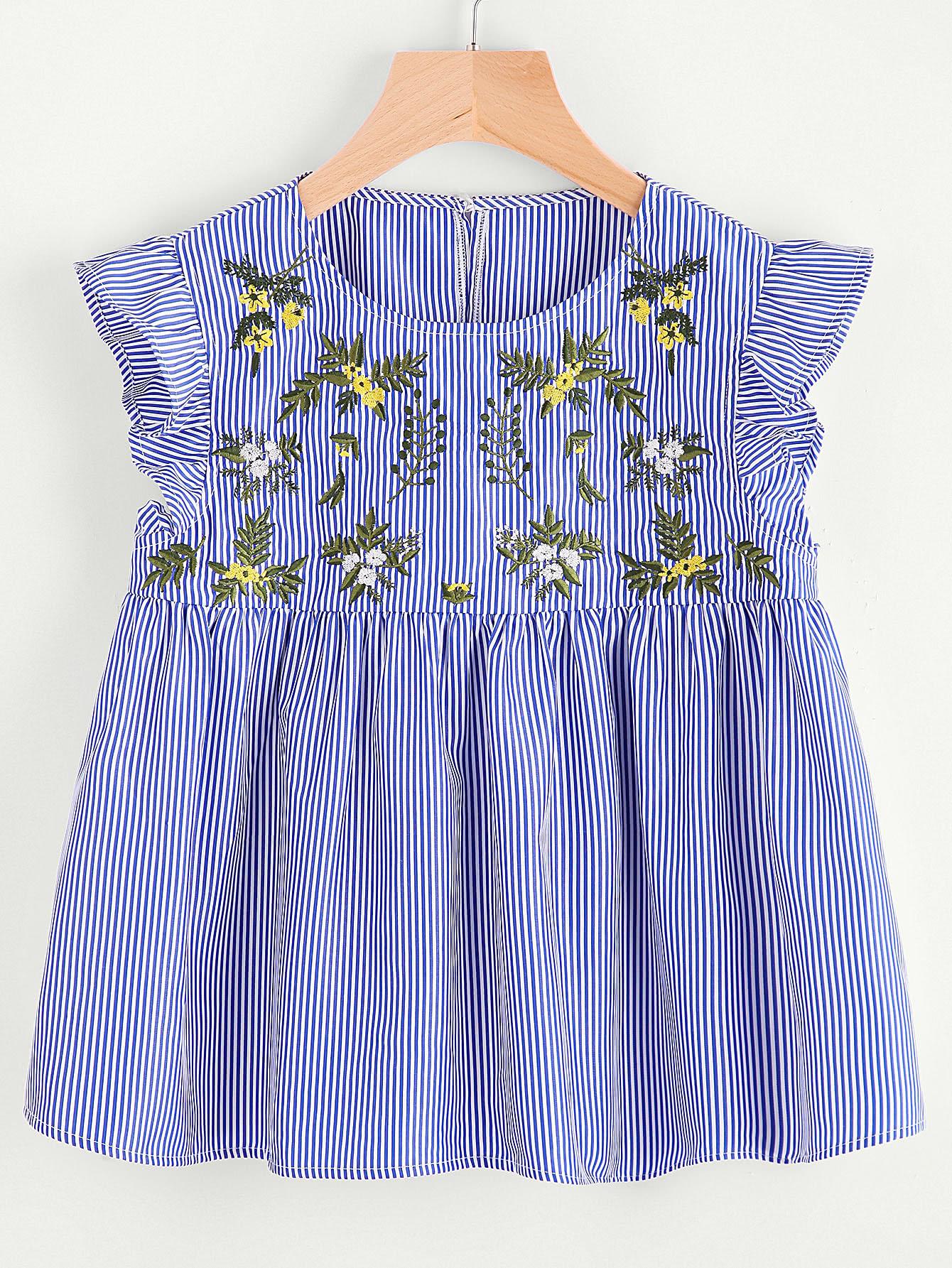 Фото Flower Embroidered Buttoned Keyhole Ruffle Babydoll Top. Купить с доставкой