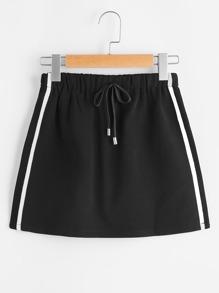 Falda de lado de rayas con cordón