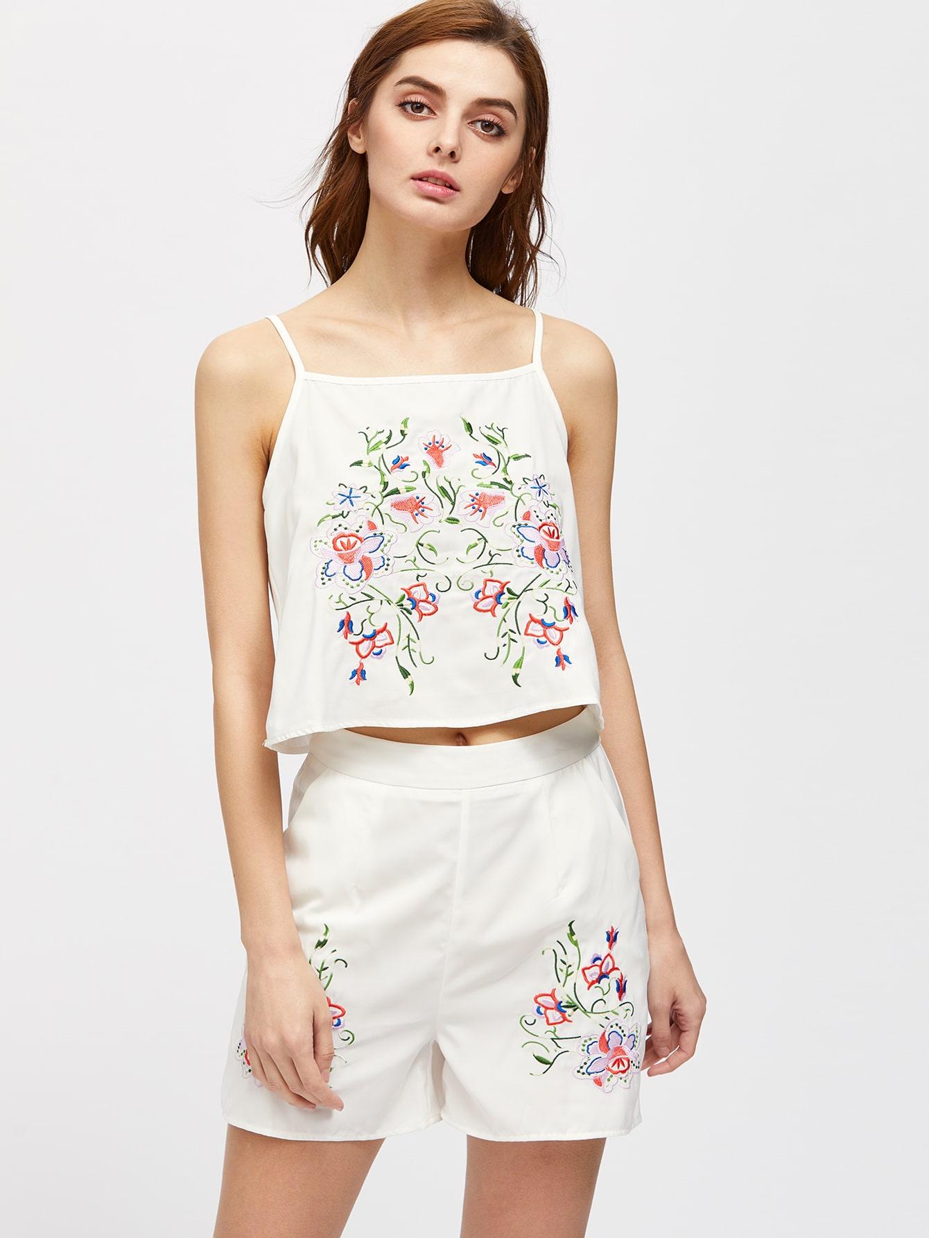 Фото Flower Embroidered Cami Top With Shorts. Купить с доставкой