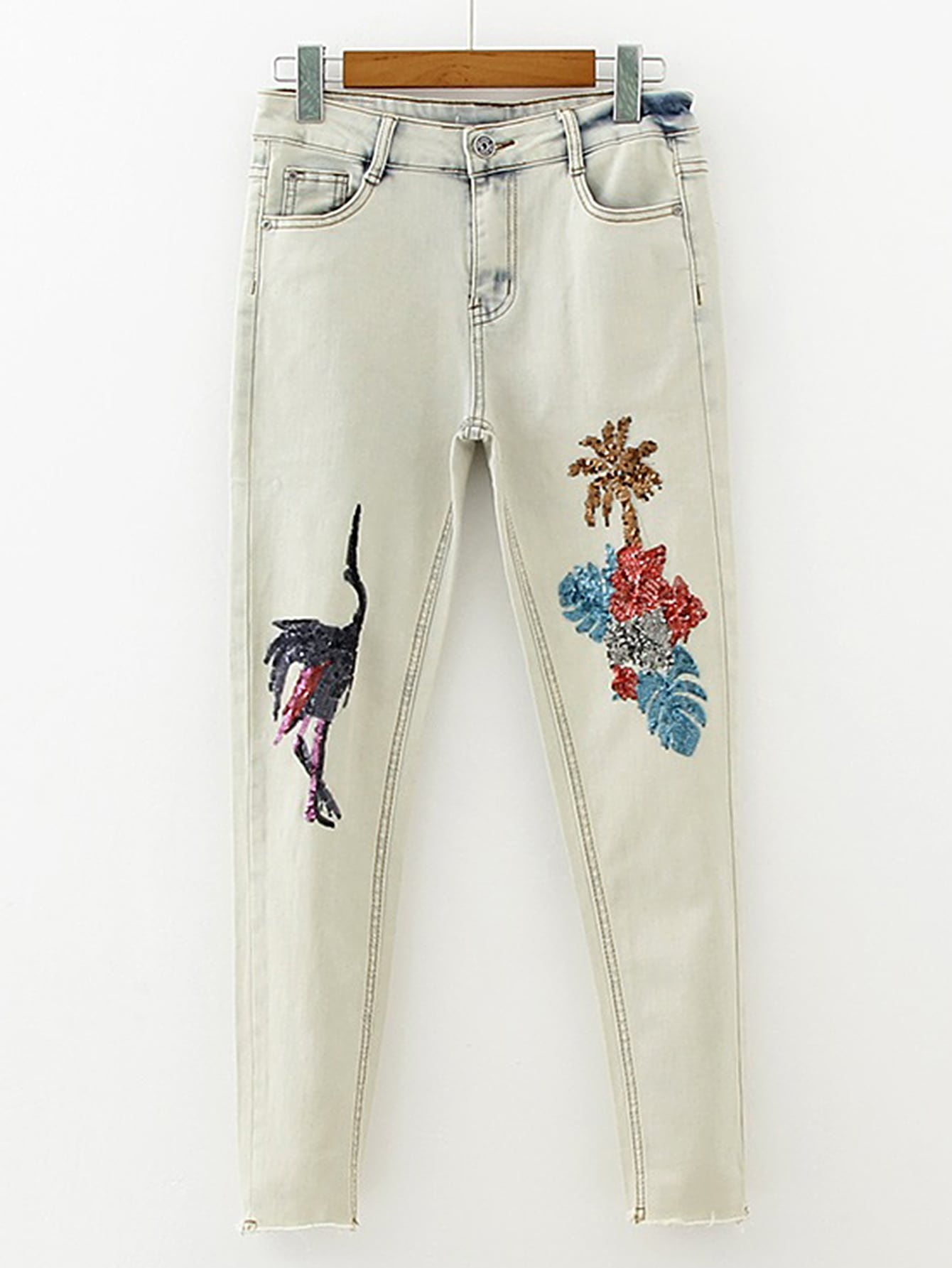 Фото Sequin Detail Jeans In Light Bleach Wash. Купить с доставкой