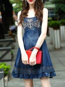 Vestido bordado en denim con cordón-azul