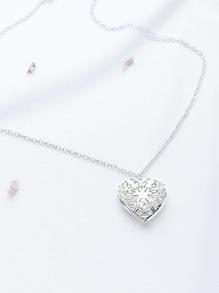 Collier à chaîne en forme de coeur à ouverture creuse