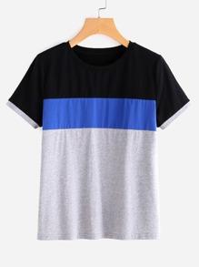 Camiseta con costuras en color block