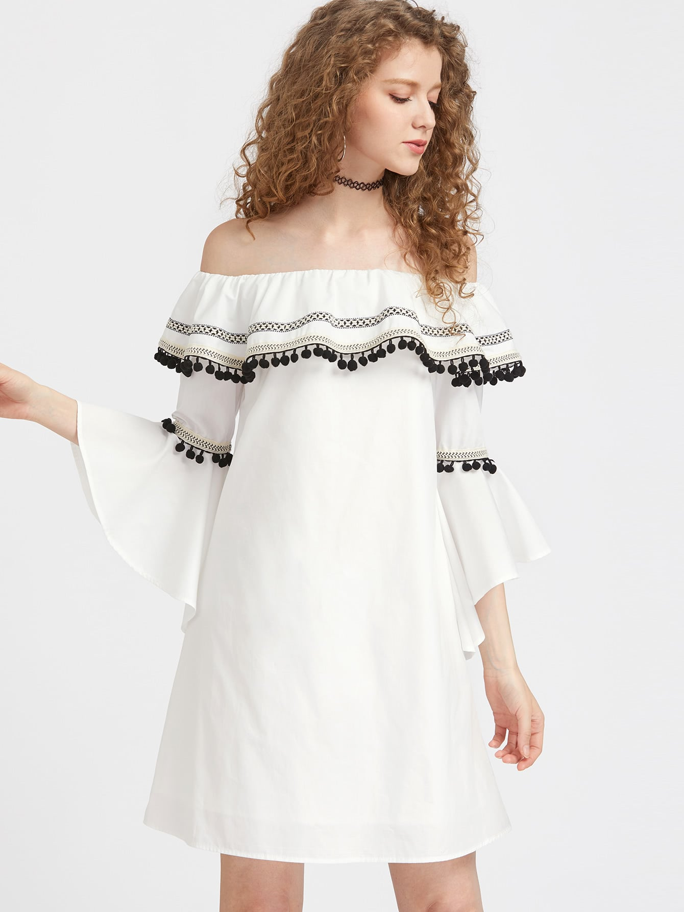 Фото Pom Pom And Woven Tape Detail Fluted Sleeve Ruffle Dress. Купить с доставкой