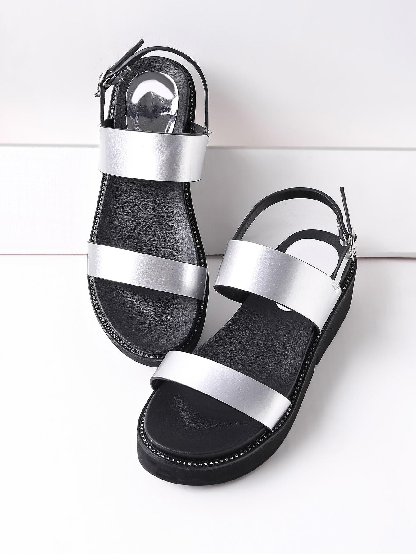 Фото Studded Detail Metallic Patent Leather Flatform Sandals. Купить с доставкой