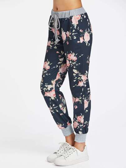 Pantalones con cordón con estampado floral