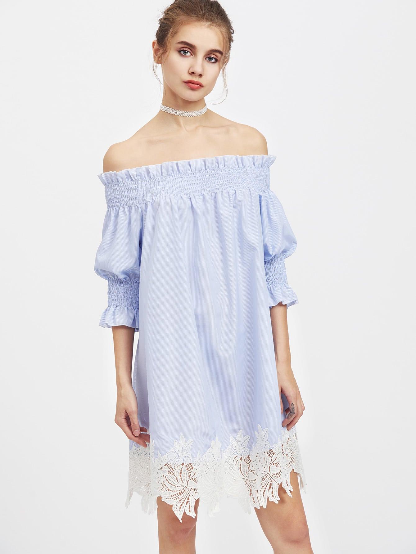 Фото Smocked Neck And Puff Sleeve Lace Trim Striped Dress. Купить с доставкой