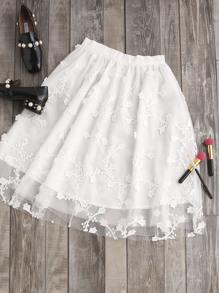 Falda de malla con aplicación