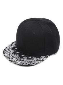 Cappellino contrasto con stampa grafica