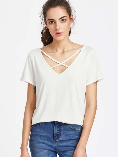 Camiseta con cuello en V con tiras cruzadas