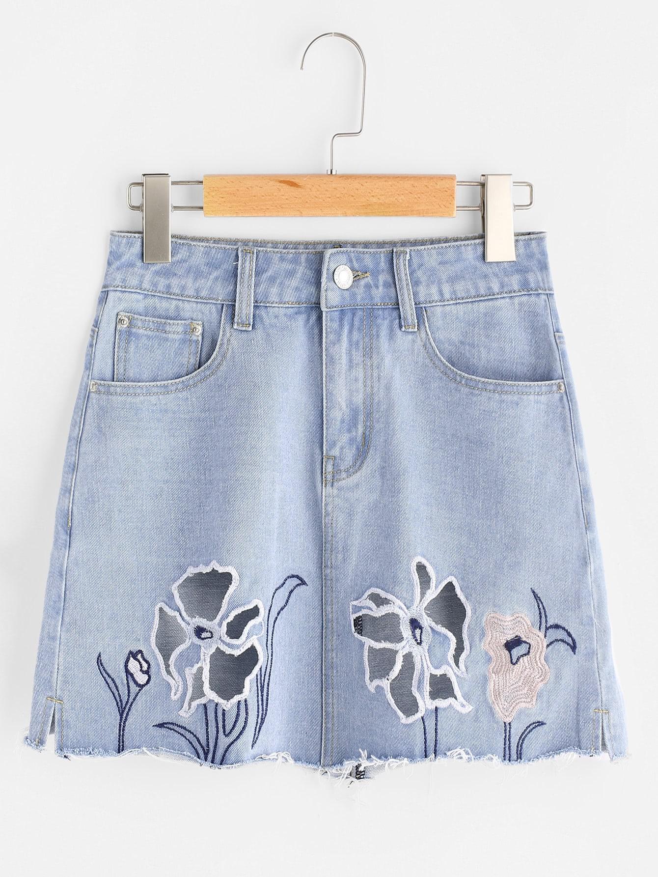 Фото Faded Wash Cutout Embroidered Raw Hem Denim Skirt. Купить с доставкой