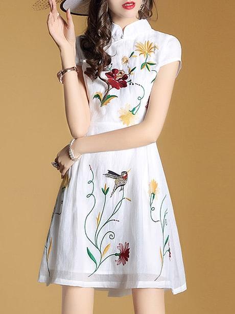 Фото White Flowers Embroidered A-Line Dress. Купить с доставкой