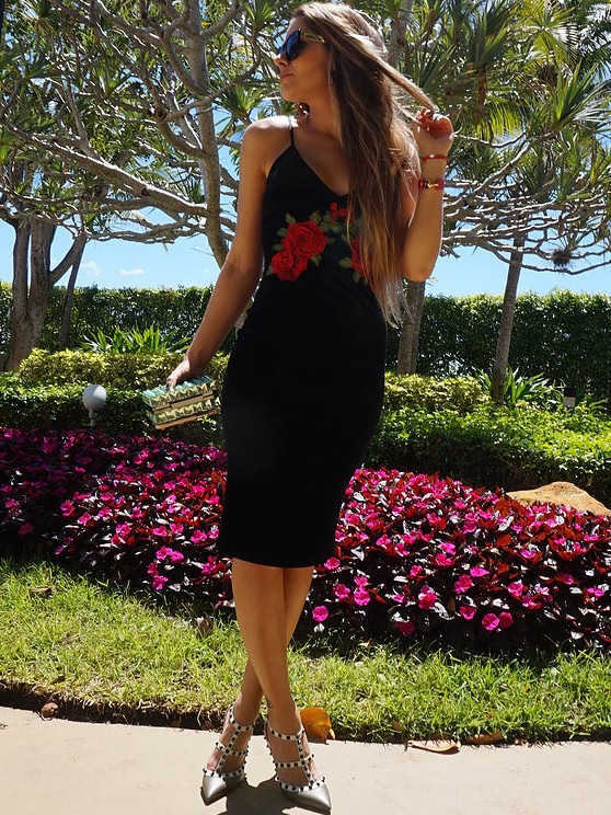 Plunge Embroidered Rose Applique Velvet Cami Dress embroidered rose applique side split belt dress