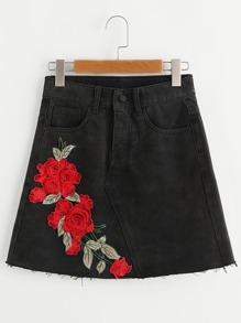 3D Embroidered Rose Patch Raw Edge Denim Skirt