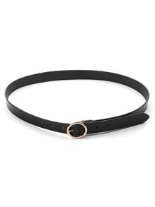 Cinturón con círculo de metal con hebilla
