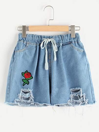 Ripped Applique Raw Hem Denim Shorts