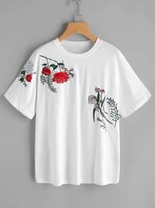 T-Shirt mit Blumenstickereien und Kurzärmeln