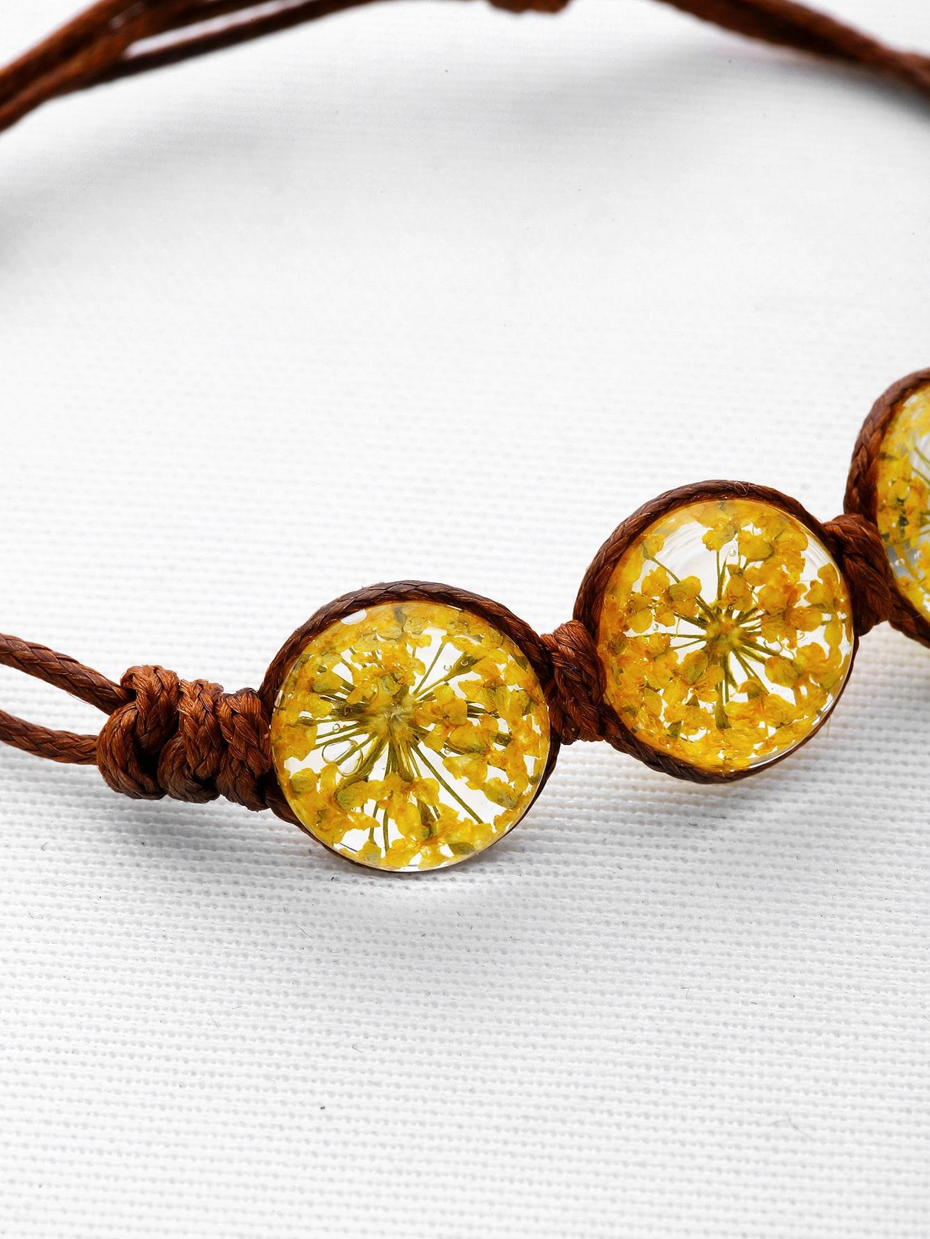 bracelet avec perles de fleurs french shein sheinside. Black Bedroom Furniture Sets. Home Design Ideas